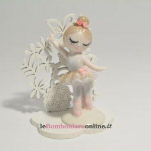ballerina in porcellana con supporto in legno