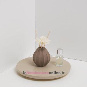 profumatore in porcellana con fiore Claraluna