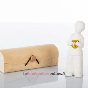 Bimbo in porcellana con cuore d'oro Cuorematto