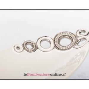 Centrotavola ovale in porcellana con strass Cuorematto